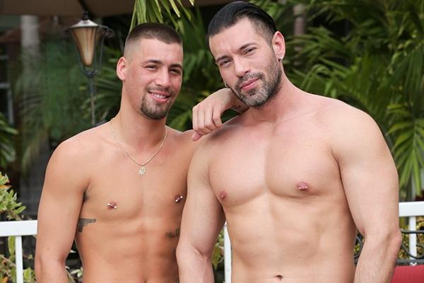 Alexander Garrett fucks inked stud Bentley Michaels in Checking In at Pridestudios