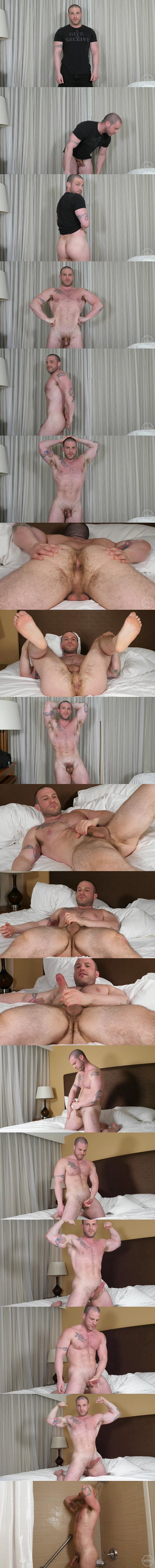 Handsome straight stud Jim West wanks off in The Basics at Theguysite