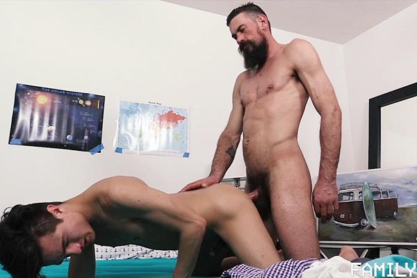 Macho Daddy Max Ferro (aka Brother Strang) barebacks and breeds Josh Hunter at Familydick