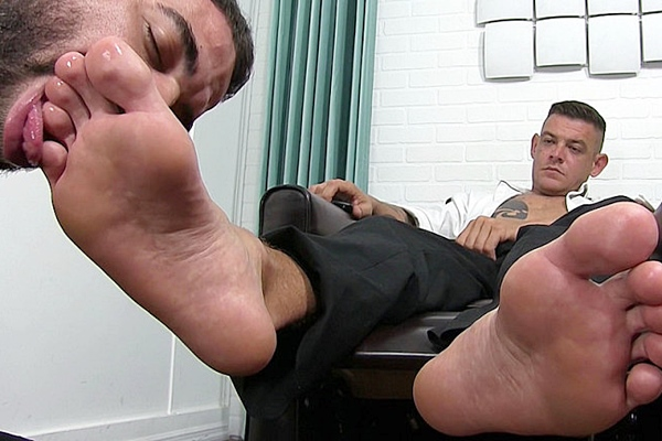Masculine foot slave Ricky Larkin worships Jace Chambers in Bros and Toes at Myfriendsfeet