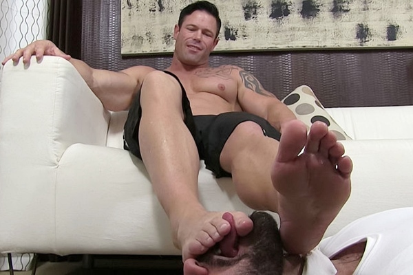 Masculine foot slave Ricky Larkin foot worships handsome straight hunk Joey J in Truth or Dare Foot Worship at Myfriendsfeet