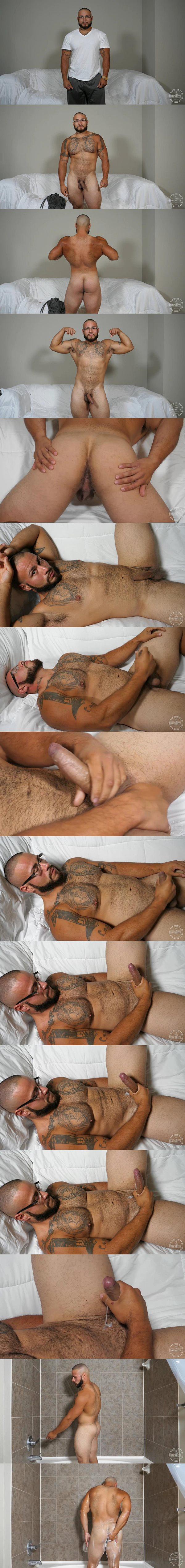 Masculine male stripper Jay jerks off in Male G Spot at Theguysite
