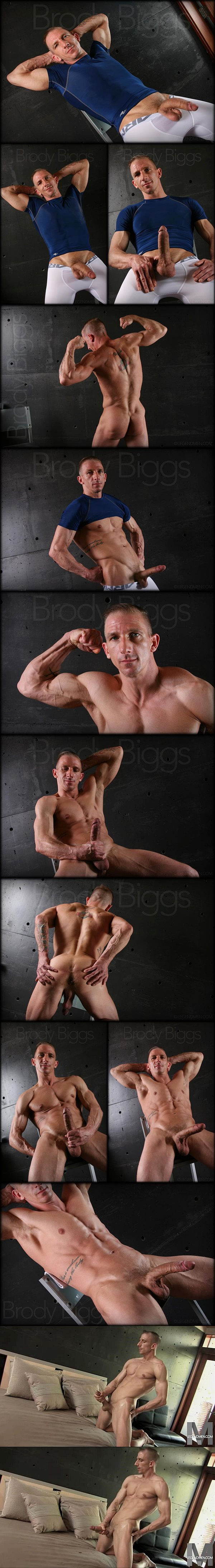 Masculine webcam model Brody Biggs jerks off at Legendmen
