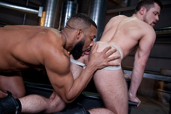 Black beefcake Jay Landford barebacks Kurtis Wolfe in Raw Power at Ragingstallion