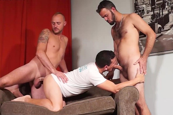 Masculine straight guys Justin and Jacobo fuck Victor in The big Js filling my holes at Beefcakehunter