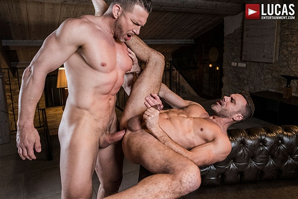 Manuel Skye flip fucks muscle daddy Tomas Brand at Lucasentertainment