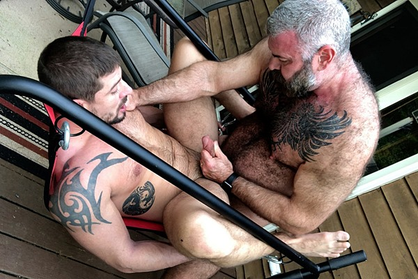 Fuzzy muscle bear Will Angell barebacks and creampies fit inked stud Sean Maygers in Down To Sling at Musclebearporn