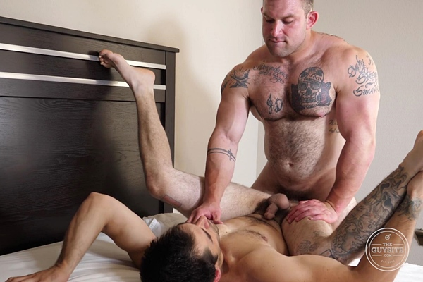 Sexy hairy beefcake Jack fucks straight muscle stud John's tight bubble ass until he gives John a facial at Theguysite