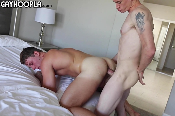 Lean fit hung straight dude London Ryan fucks Price Hogan's tight bubble ass in different positions until they blow their white jizz at Gayhoopla