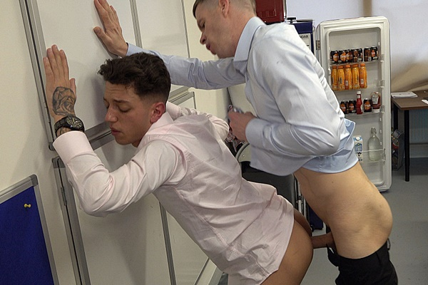 Hung Young Brit barebacks cute British lad Joey's tight bubble ass before he breeds Joey and eats Joey's load in an office theme scene at Hungyoungbrit