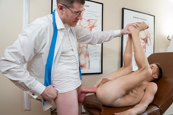 Big-dicked ginger daddy LeGrand Wolf barebacks cute twink Chase Daniels in his office before he creampies Chase in Chapter 2 Doctor Follow Up at Funsizeboys