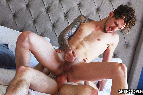 Fit straight muscle jock Mason Skyy fucks inked newcomer Milo Dawson before he fucks the cum out of Milo in Milo's bottoming debut at Gayhoopla
