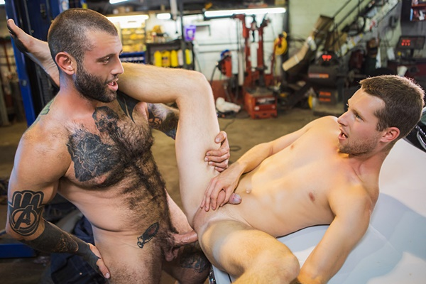 Masculine inked MMA fighter Markus Kage barebacks cute blond twink Benjamin Blue in the garage before he fucks the cum out of Benjamin and gives him a facial in Broke Down Deal at Masqulin