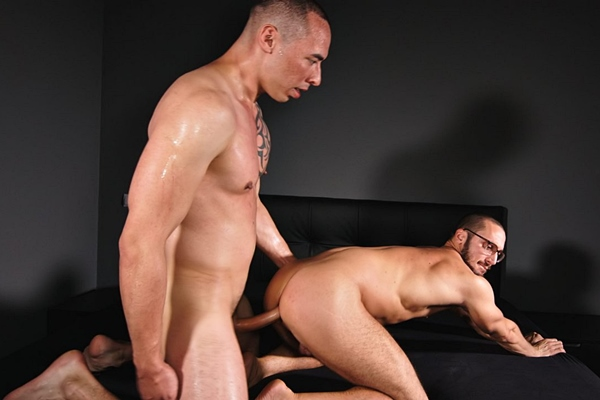 Hot hung newcomer, Chinese-German strongman Tian Tao barebacks power bottom Saverio balls deep in several positions before he breeds Saverio with a thick load at Timtales