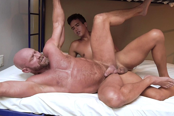 Twink Johnny Bandera (aka Johnny Cheeks) barebacks bearded fuzzy daddy Killian Knox before he fucks the cum out of Killian and creampies him in Cum Before Bed at Familydick