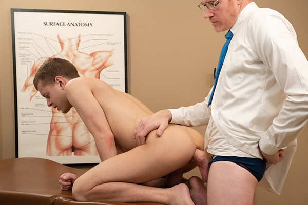 Big-dicked doctor LeGrand Wolf barebacks cute twink Ian Levine before he fucks the cum out of Ian and creampies him in Chapter 2 Dr. Wolf's Office at Funsizeboys