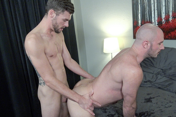 Lean fit newcomer Liam Carter makes his porn debut and barebacks bald masculine daddy bottom Greg Riley before Liam blows his load in Atlanta at Jasonsparkslive