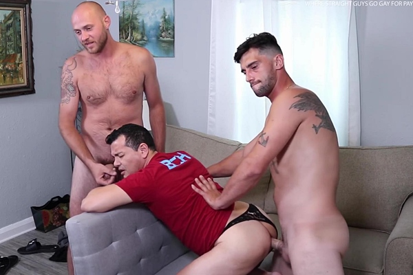 Blue-collar worker Justin and sexy AC technician Christian tag team Victor in a threeway before they give Victor two facials in Hot Afternoon with Two BCH Legends at Beefcakehunter