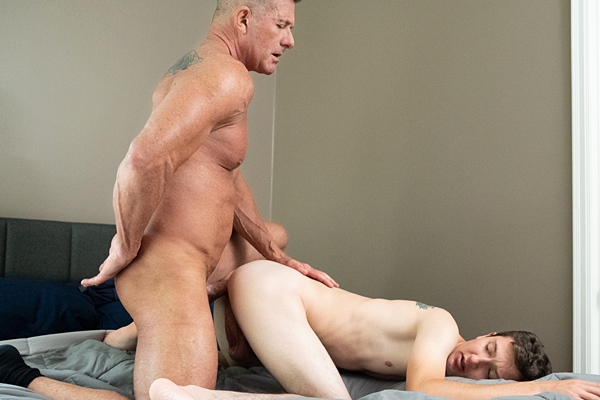 Muscle daddy Matthew Figata barebacks twink bottom Jack Andram in this older younger encounter before he fucks the cum out of Jack in Family Tradition at Gaycest